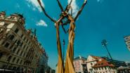 Sculpture Line Puts Art on the Street