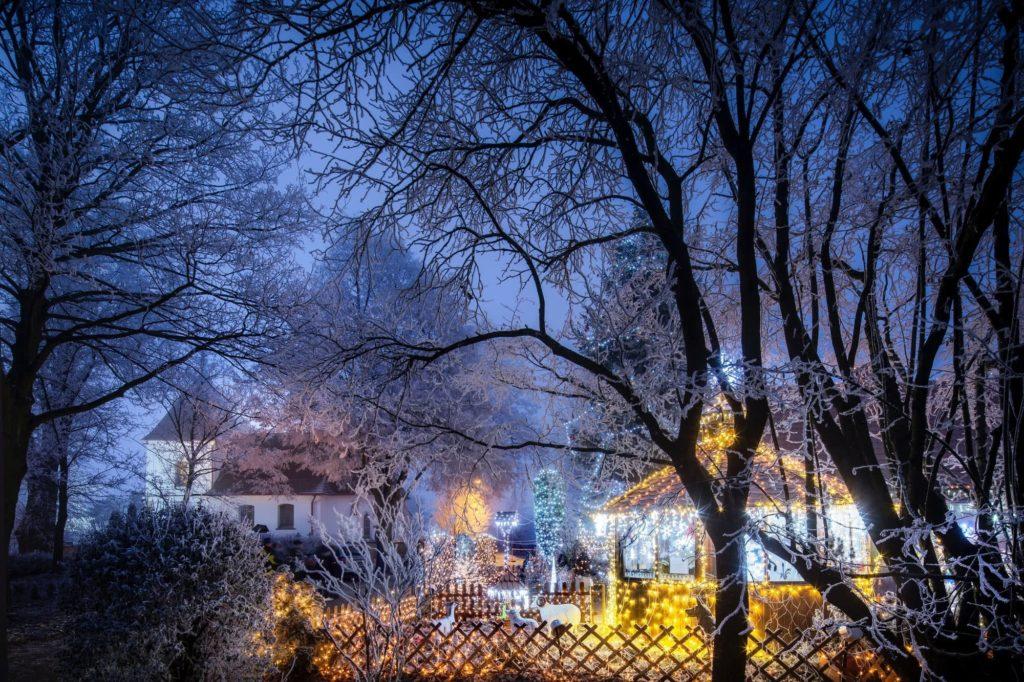 chotovice house lights