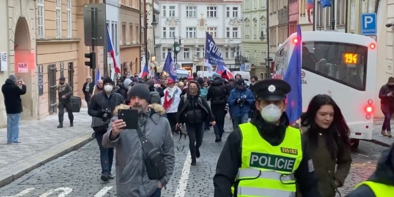 trump supporters prague demonstration
